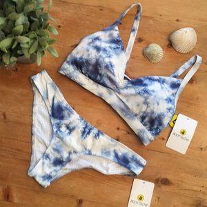 NWT Body glove Drew bikini top